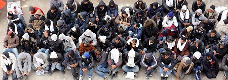 Fast 6000 Tunesier sind bereits über Lampedusa nach Europa gekommen.