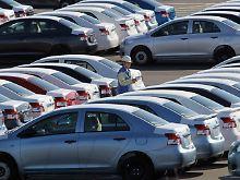 http://www.n-tv.de/wirtschaft/Toyota-laesst-Baender-ruhen-article2909901.html