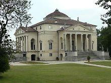 """Palladios Meisterwerk, der Stadtpalast """"La Rotonda"""", liegt etwas außerhalb von Vicenza."""