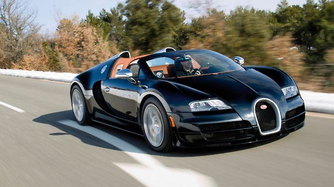 O Bugatti Veyron pode ser concluído o sprint de 0 a 100 km / h em bem menos de três segundos.