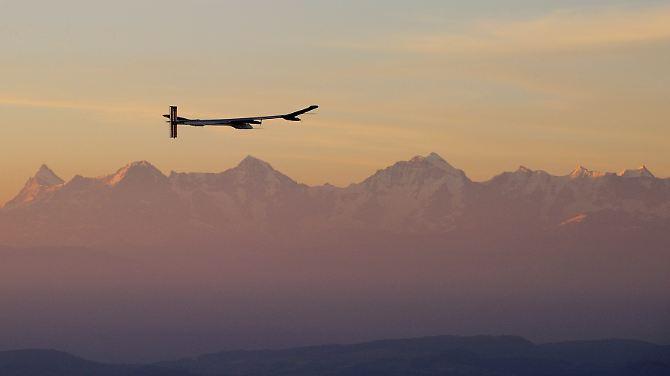 """""""Solar Impulse"""" está a caminho de África."""