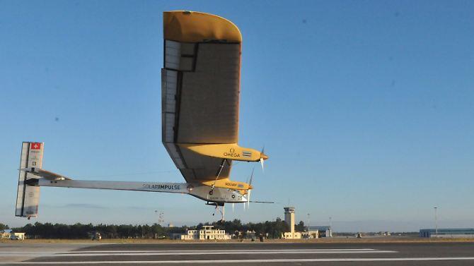 """O """"Solar Impulse"""", no início, em Rabat."""