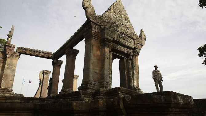 O templo Preah Vihear, fica exatamente na fronteira entre a Tailândia eo Camboja.