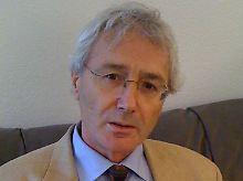 """Joseph Huber lehrt Wirtschaftssoziologie an der Martin-Luther-Universität Halle. Das Vollgeld-Konzept entwickelte er bereits Ende der 90er Jahre. In diesem Jahr veröffentlichte Huber dazu das Buch """"Monetäre Modernisierung""""."""